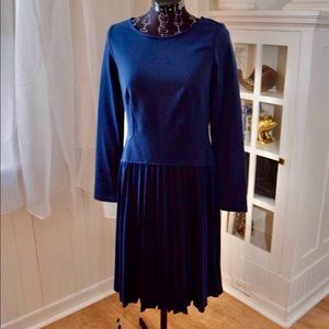 Beautiful Rich Navy Bodycon Dress W Pleated Skirt